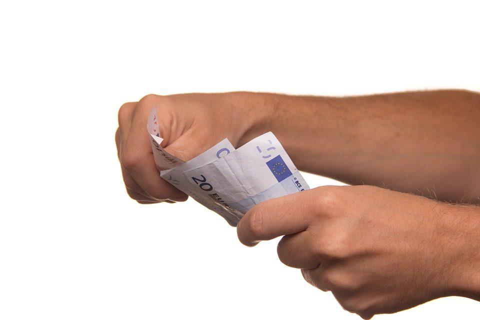 Jak weryfikowane są dane klientów firm pożyczkowych?
