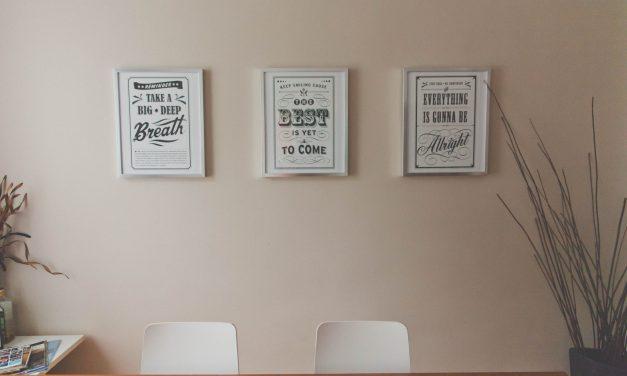 Plakaty ścienne – więcej niż zwykłe ozdoby