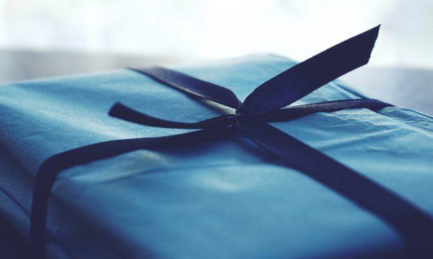 Przewrotny i zabawny prezent dla fachowca – 3 ciekawe pomysły
